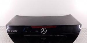 Крышка багажника  MERCEDES-BENZ E-CLASS (W211)
