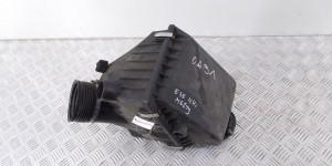 Корпус воздушного фильтра  BMW 7-series (E38)