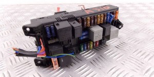 Блок предохранителей  MERCEDES-BENZ E-CLASS (W211)